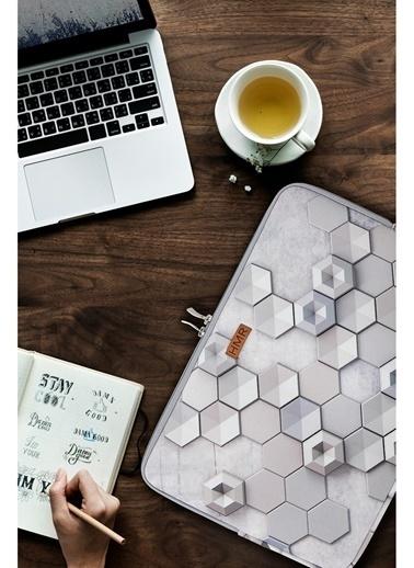 Hamur Easy Case 14 inç Laptop Çantası Notebook Kılıfı Hexagon New Gri